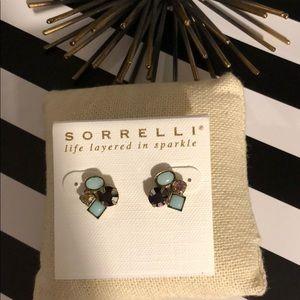 💸 SALE Sorrelli Sangria Cluster Earrings